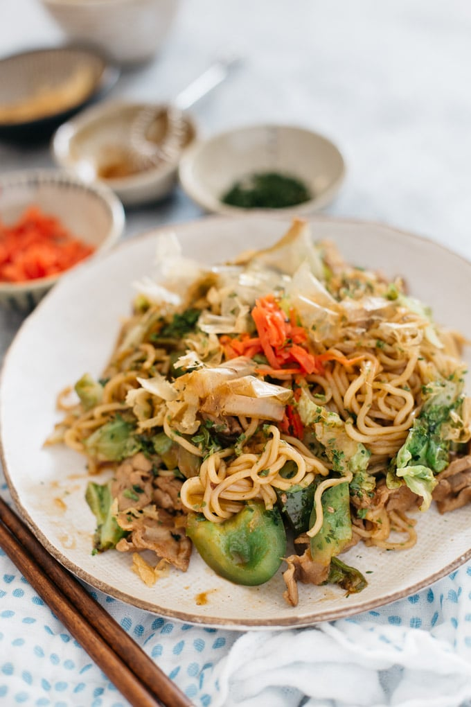 Yakisoba served on a big round and shallow plate