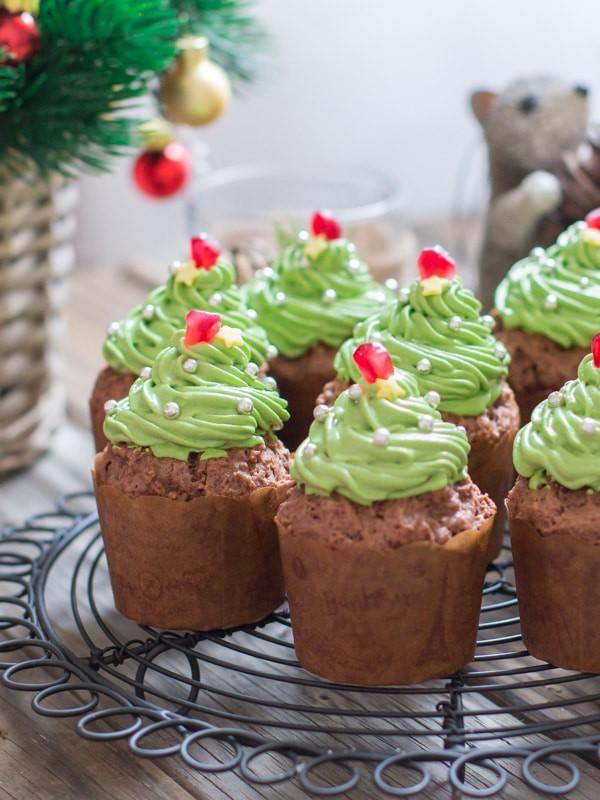 Matcha Christmas Tree Cup Cakes