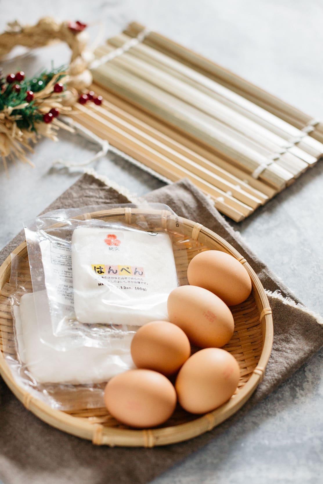 Kibun brand hanpen, 5 eggs, a special bamboo mat to roll egg omelette