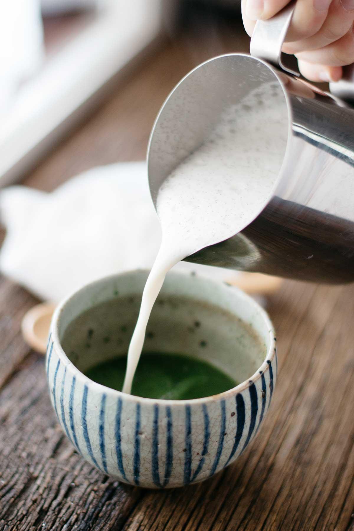 Matcha-Vanilla-Latte