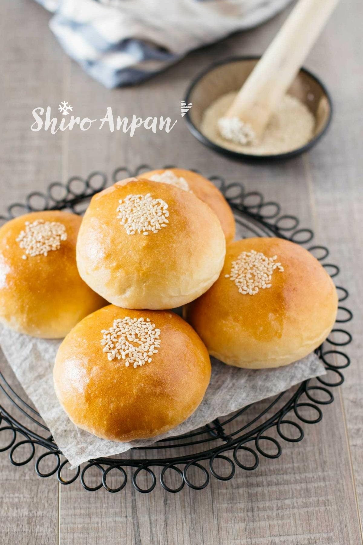 Anpan with sweet white bean paste