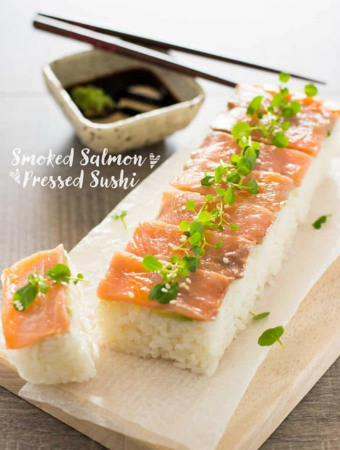 Pressed Sushi with Smoked Salmon スモークサーモンの押し寿司