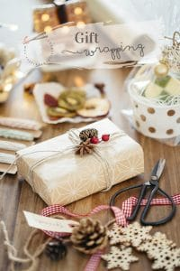 Gift wrapping Japanese way