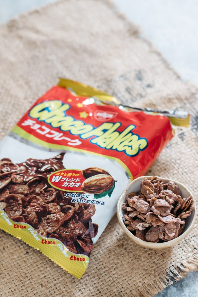choco flakes in a packet and in a small bowl