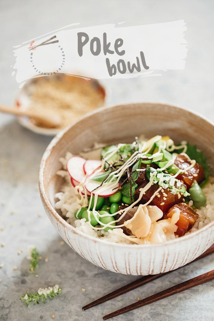 Poke Bowls are a healthy one bowl food craze. They are high in quality protein, fibre and nutrients. Learn how to make your own at home here on my blog.