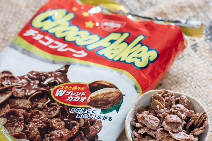 choco flakes packet and choco flakes in a small bowl