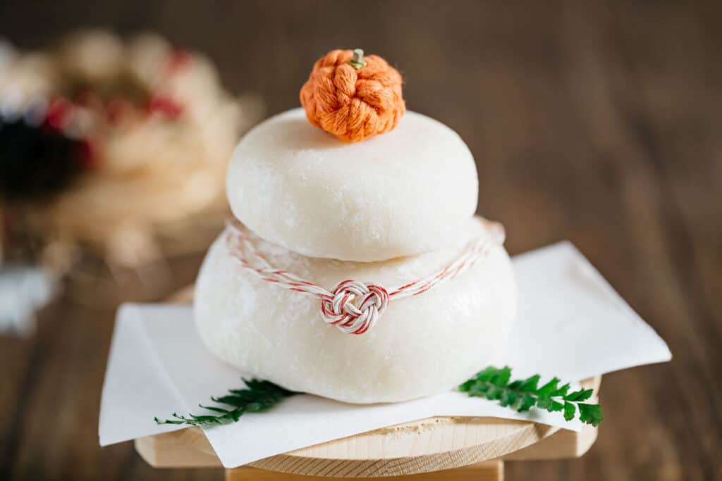 Kagami mochi decorated with bitter orange on top
